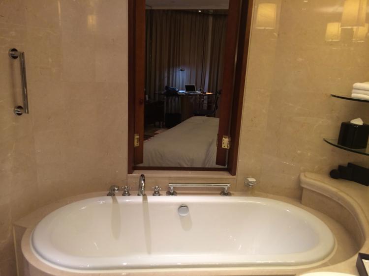 th_bathroom